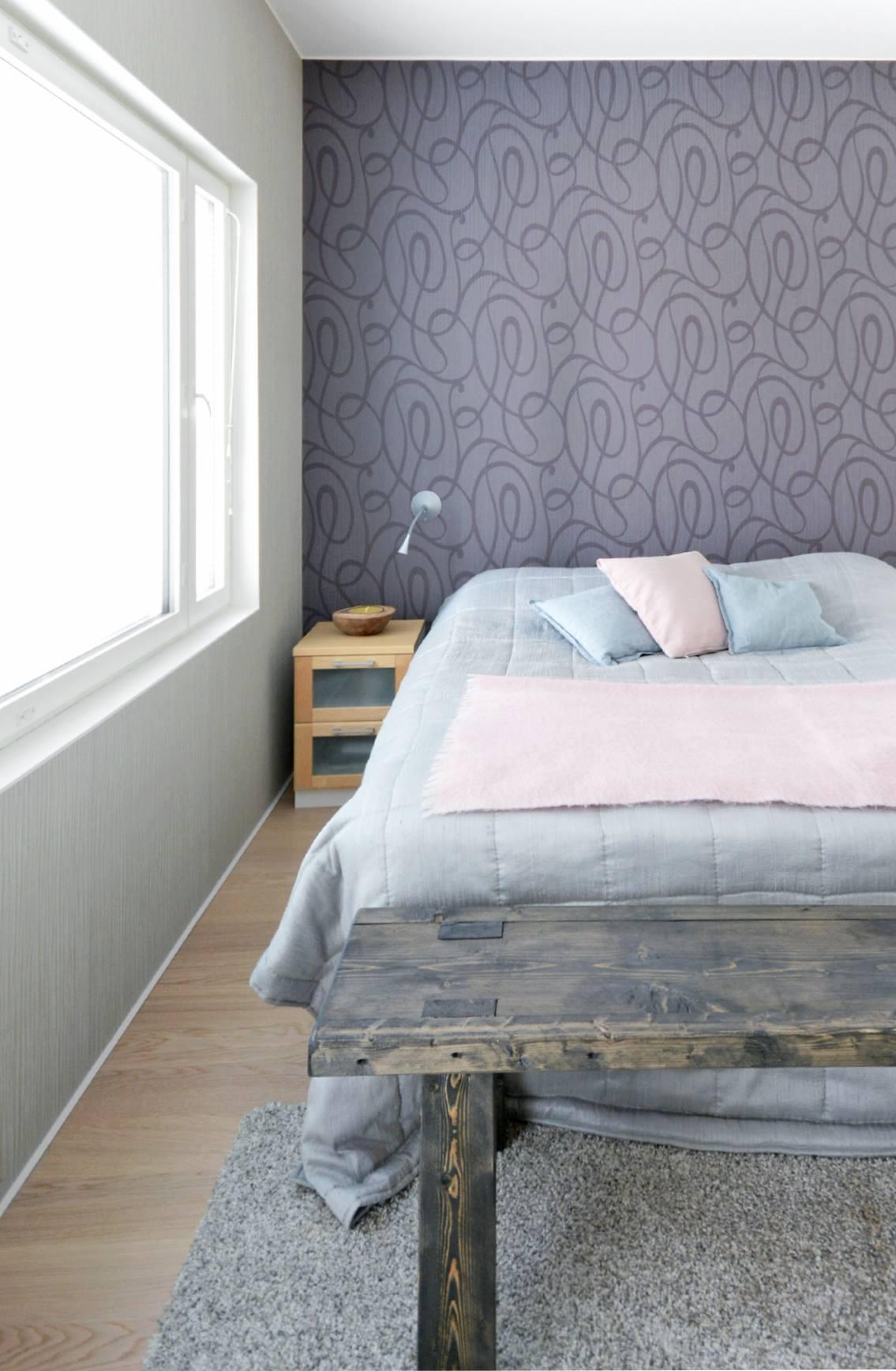 moderni-kivitalo-makuuhuone