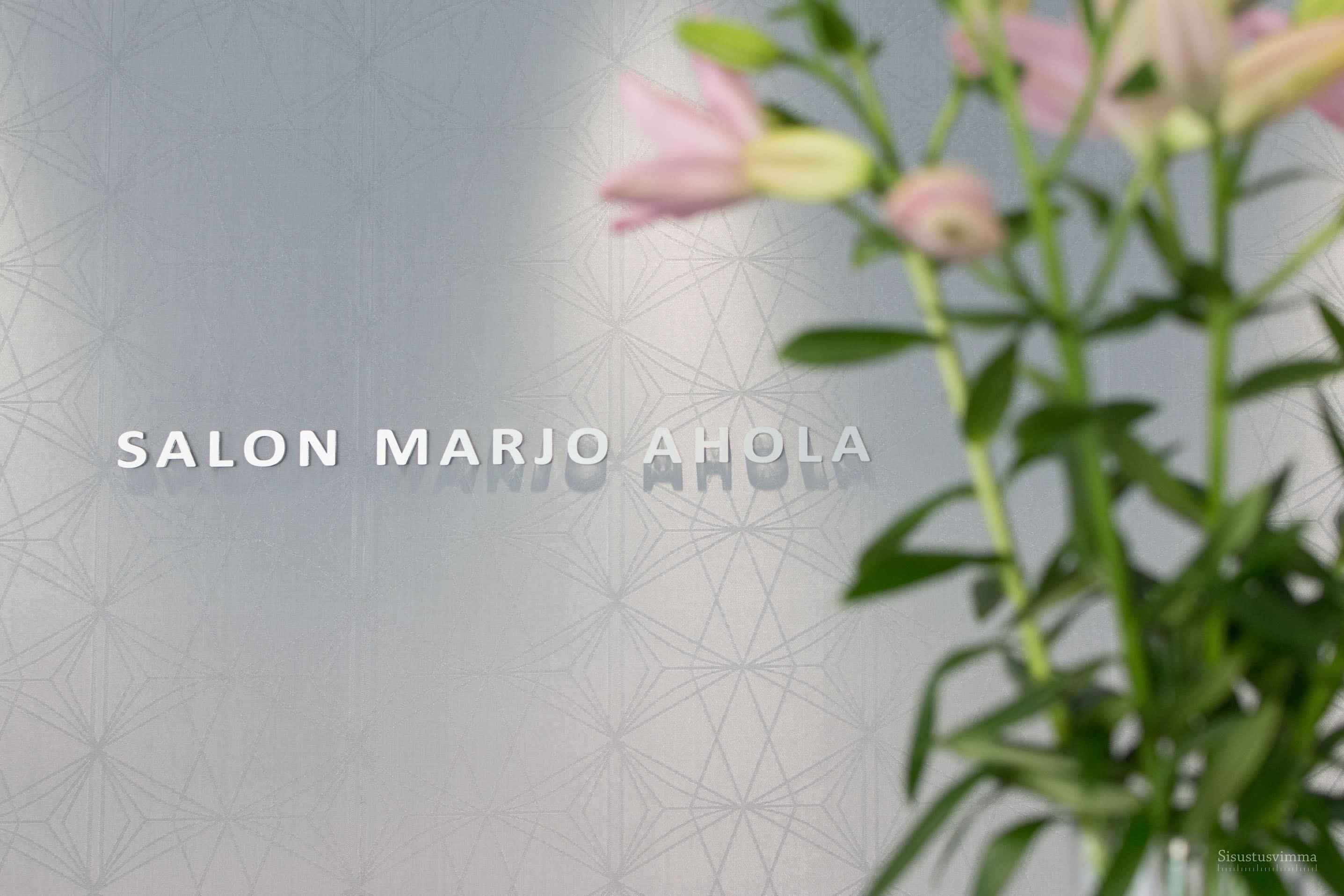 Salon Marjo Ahola-01_logo